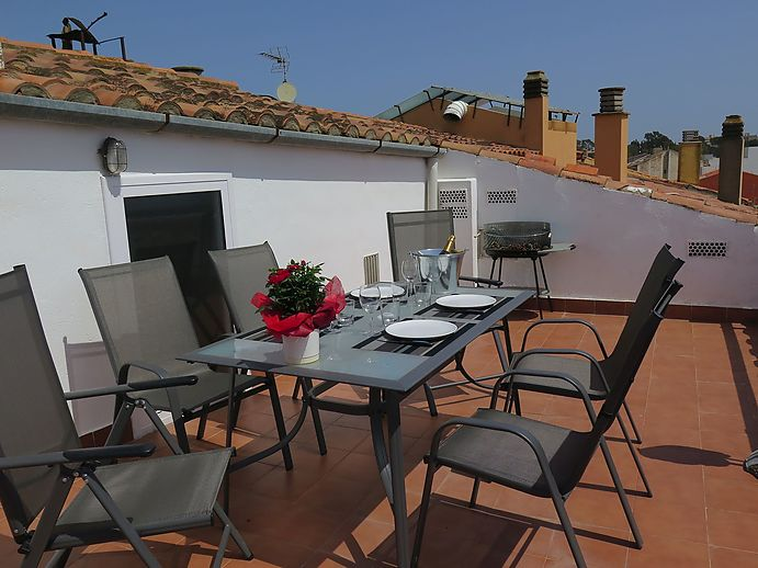 Beautiful renovated penthouse duplex in the center of Sant Antoni