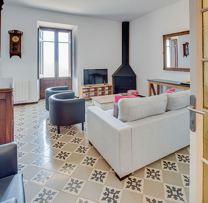 3 bedroom apartment in a country house from the XV century