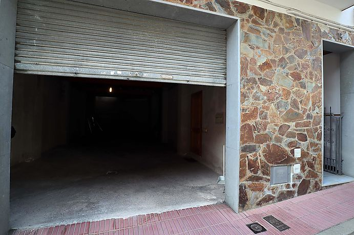 Commercial premises with smoke outlet.