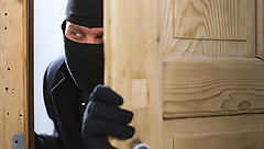 Discover how to protect your home from thieves during the holidays.